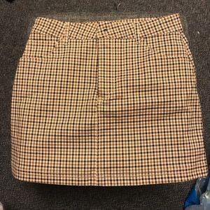 size medium plaid skirt